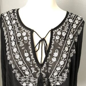 Jessica Simpson Tops - Jessica Simpson Embroidered Blouse